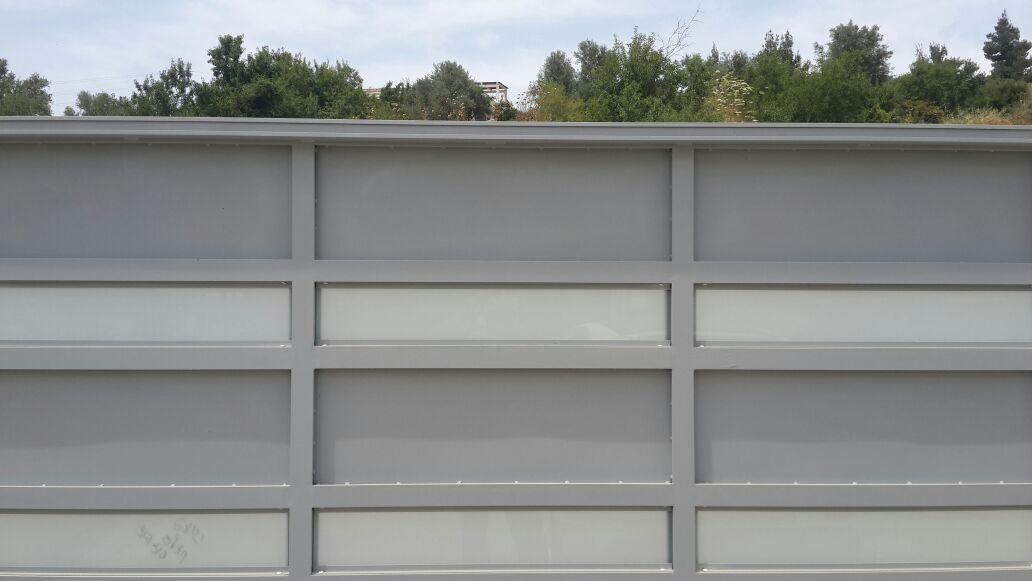 שערים דגם אטום בשילוב זכוכית 3