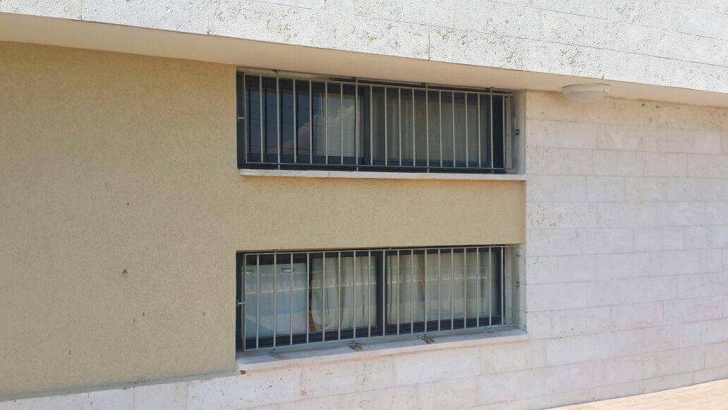 סורגים לחלון 4