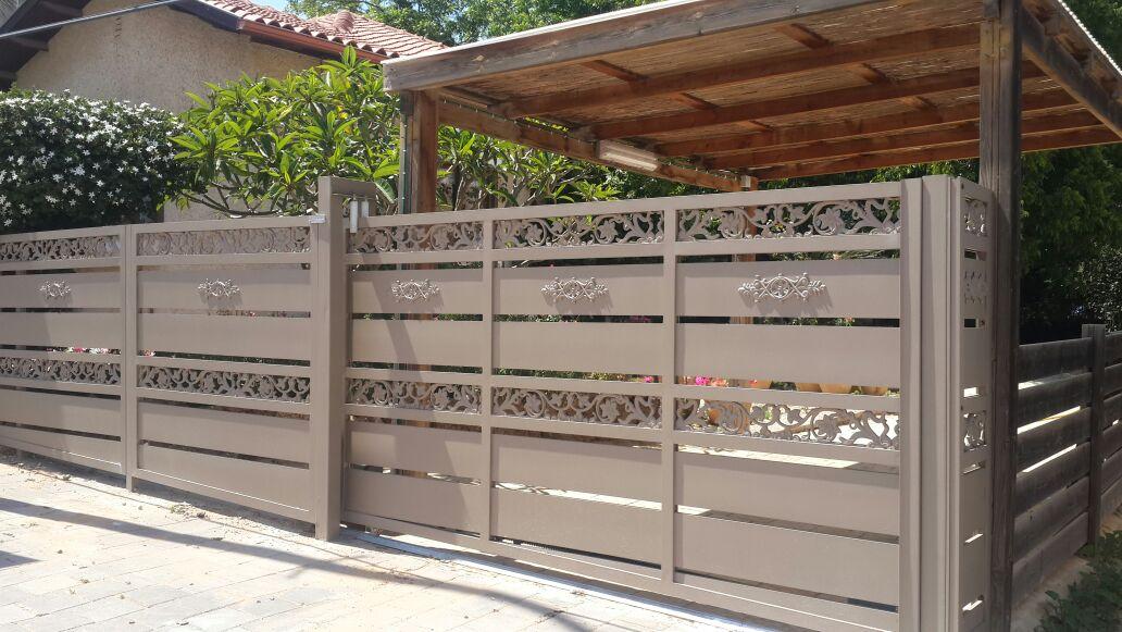 גדר ושער דגם יציקות אלומניום 1- שערים וגדרות